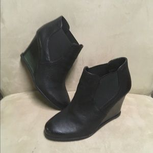Audrey Brooke Leather Booties